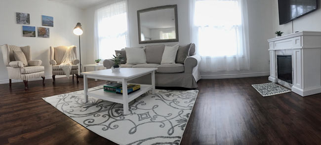 Cottage Lifestyle Living Room - Panorama, Upper Suite Serenity