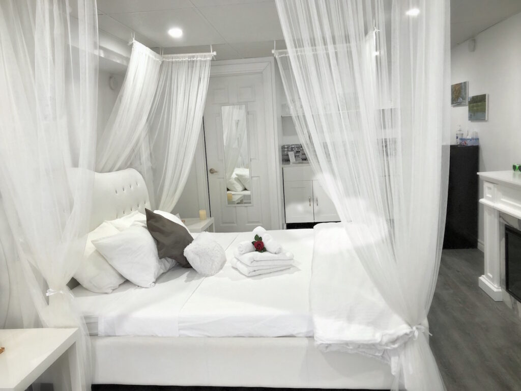 King Bed Suite