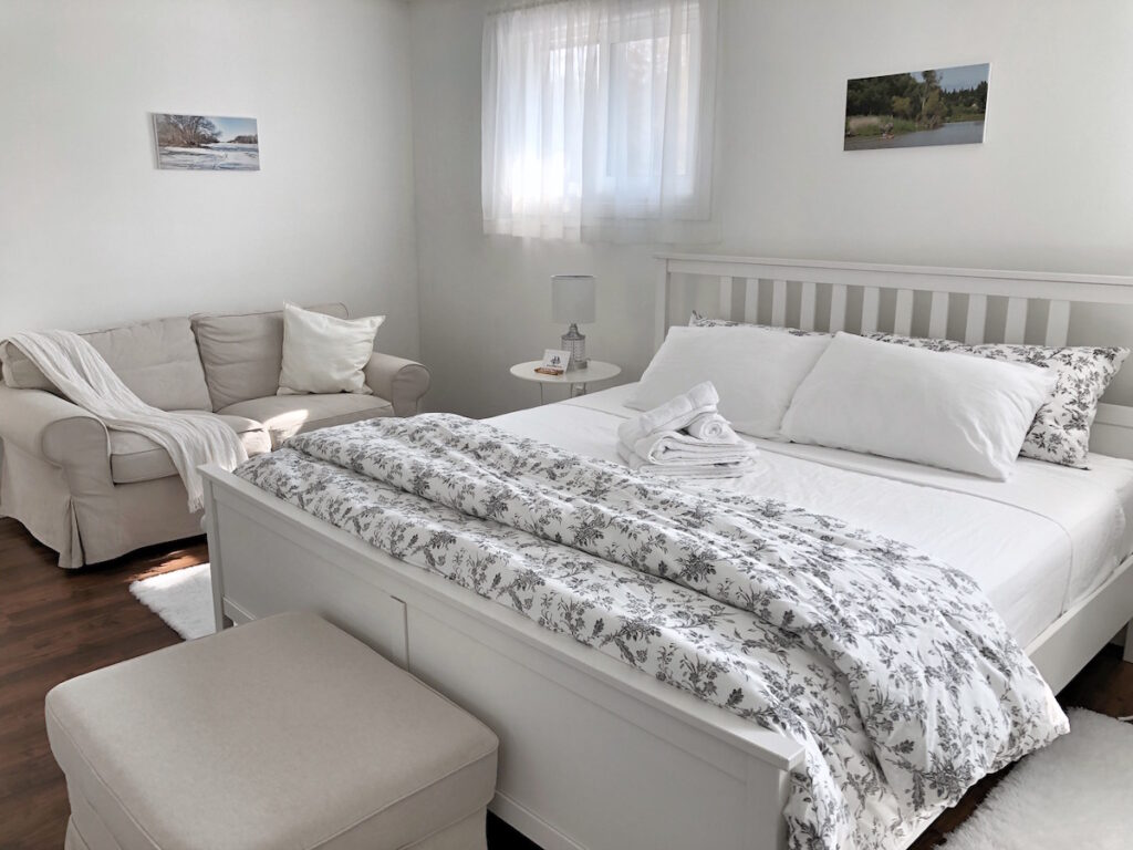 Bedroom with Love seat